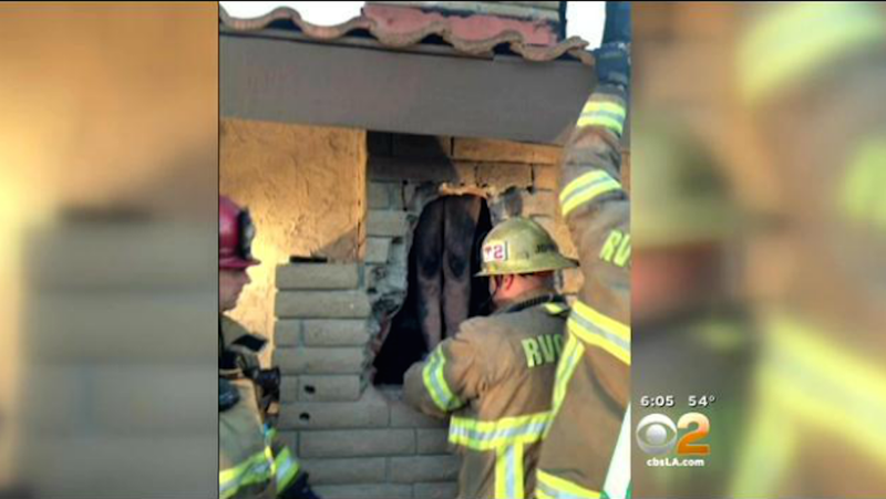 Illustration for article titled Naked California Woman Rescued From Ex-Boyfriend's Chimney