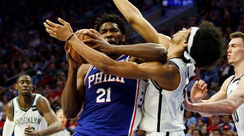 Illustration for article titled Joel Embiid Couldn't Keep A Straight Face While Apologizing For His Elbow On Jarrett Allen