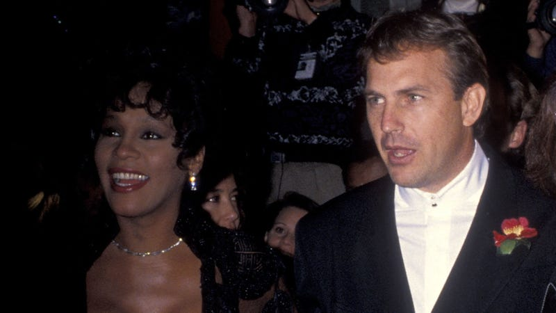 Illustration for article titled Kevin Costner says it wasn't Whitney Houston on The Bodyguard poster, so what even is love, huh?