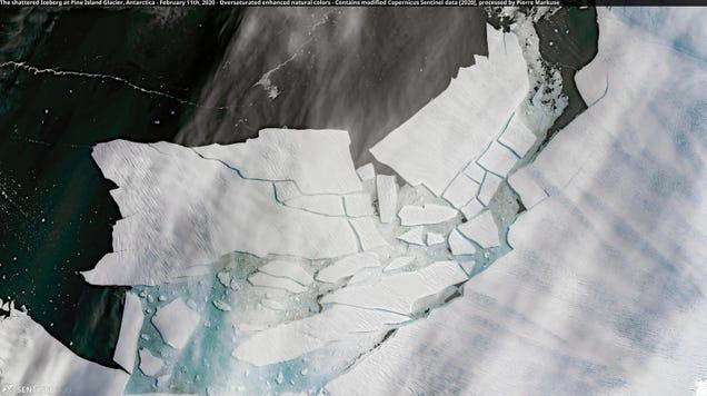Pine Island s Massive New Iceberg Is Already Cracking Up