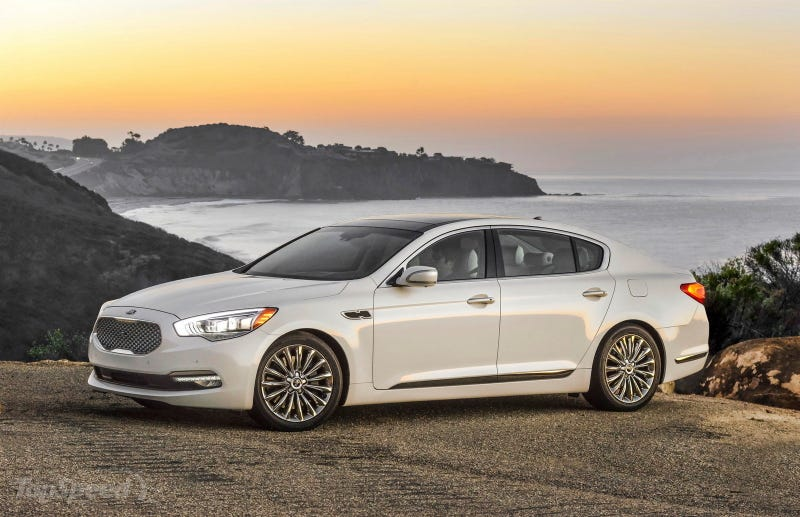 """Illustration for article titled A """"USED"""" Kia K900 might be the best Luxury Car Deal ever"""