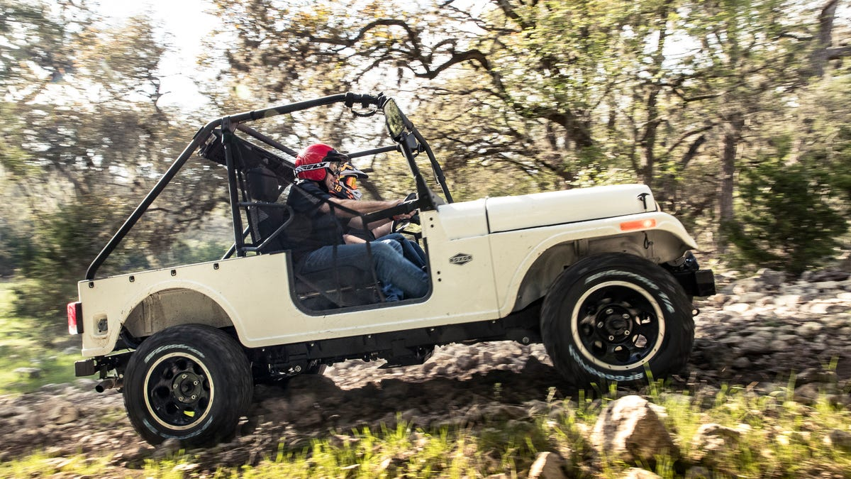 The Mahindra Roxor Is A Reincarnated Willys Jeep And You Absolutely 1945 Engine Diagrams Need One