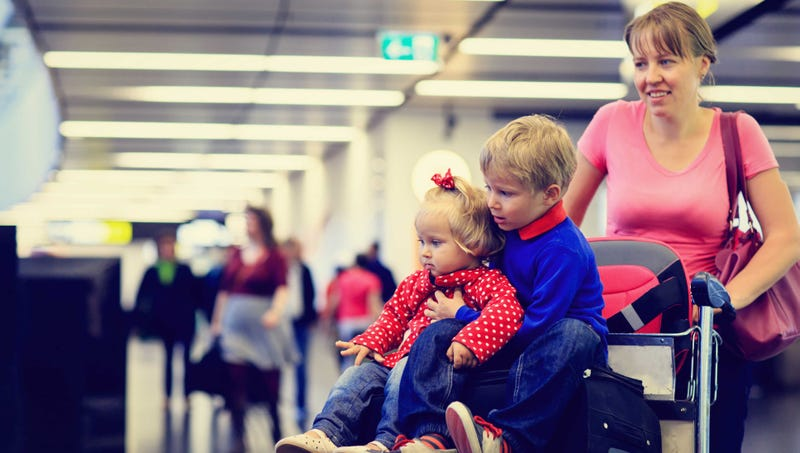 Illustration for article titled Tips For Traveling With Young Children