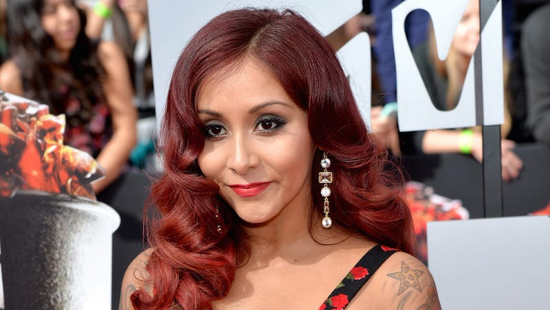 Illustration for article titled Snooki Is Officially a Married Woman