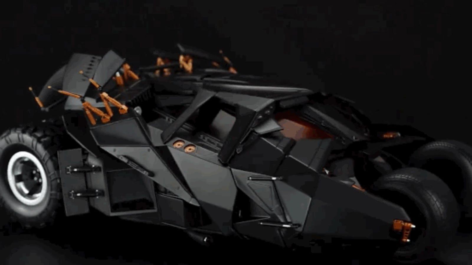Este batmobile controlado desde el móvil es un sueño hecho realidad