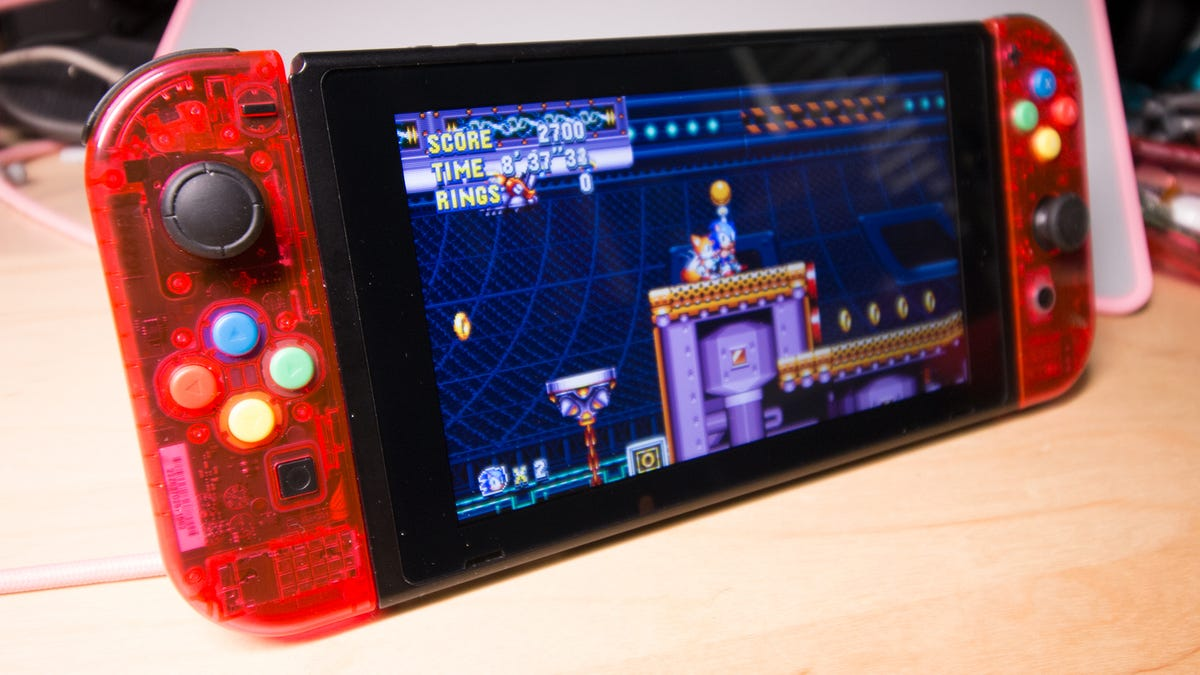 Only One Joy-Con Was Harmed In The Modding Of This Switch