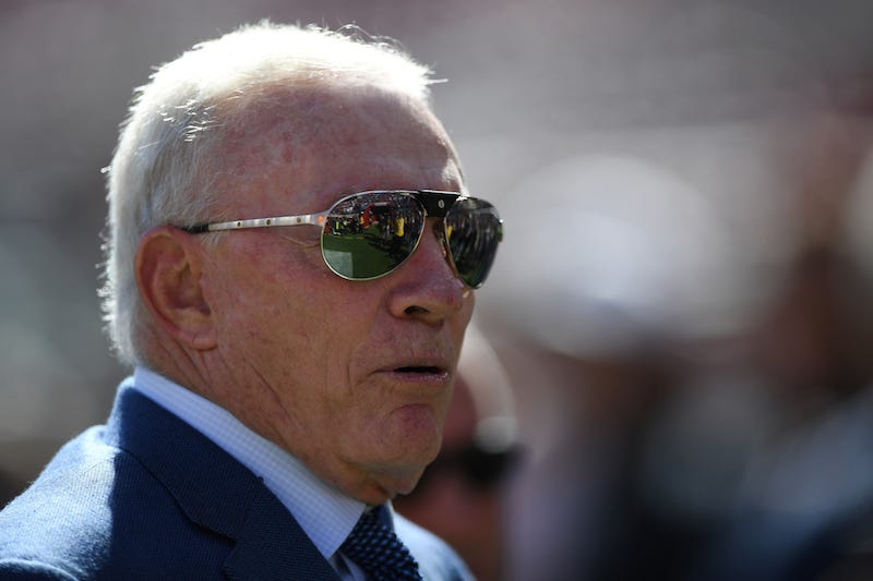 Illustration for article titled Jerry Jones The Owner Might Want To Have A Word With Jerry Jones The GM