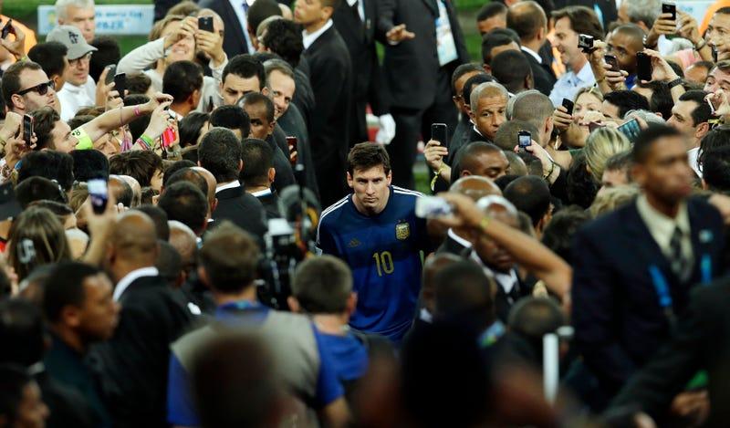 "Illustration for article titled Maradona Calls Messi's Golden Ball Win A ""Marketing Plan"""