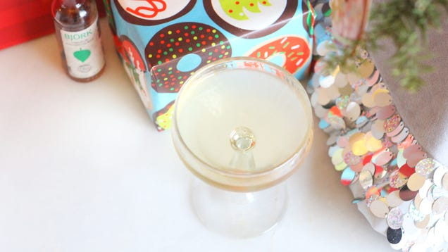 Enjoy a Festive Birch Martini for the Holidays