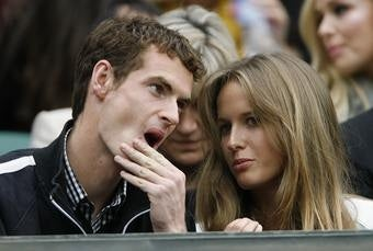 Illustration for article titled Andy Murray Plays Video Games, Kim Sears Falls Asleep Unfulfilled