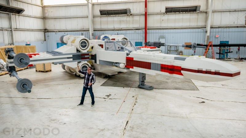 Illustration for article titled This Incredible Full Scale Lego X-Wing Is the Largest Model In History
