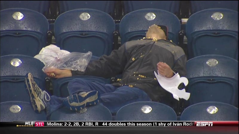 Illustration for article titled Tonight, We Are All Passed-Out Washington State Fan