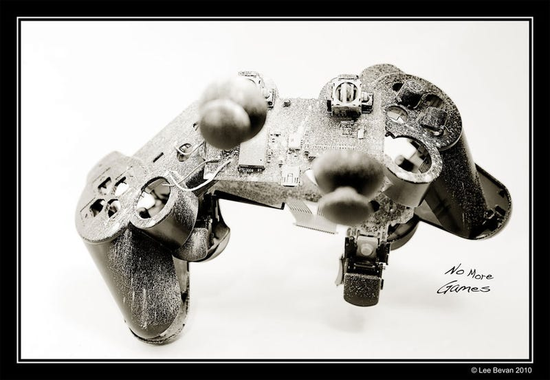 Illustration for article titled This DualShock 3 Wasn't So Lucky