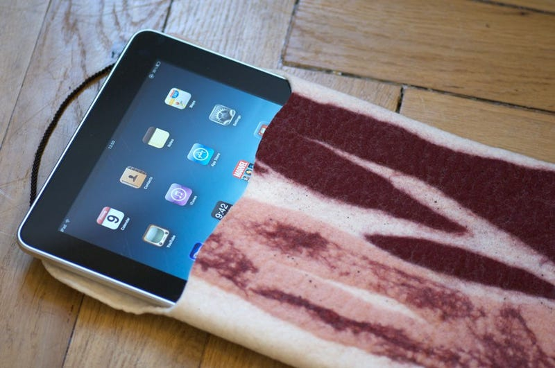 Illustration for article titled Bacon. iPad. Case. Important.