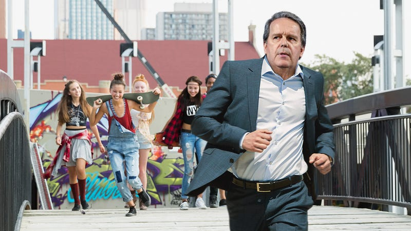Illustration for article titled The Perils Of Fame: Hundreds Of Screaming Teenage Fangirls Are Currently Chasing The Colgate Toothpaste CEO Through The Streets Of New York City