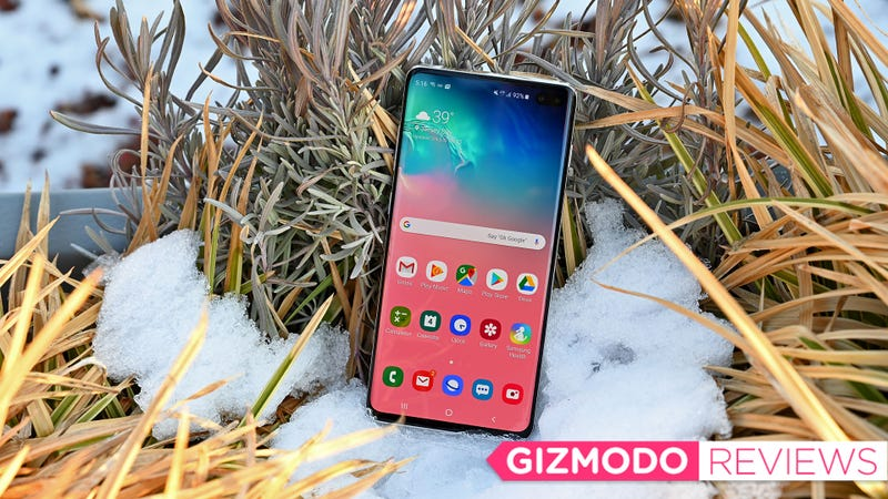 Illustration for article titled Samsung Galaxy S10 Review: An Android Champ to Get Excited About