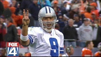 Illustration for article titled Did Tony Romo Forget How To Count To Four?