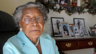 Recy Taylor poses for a photo in her home in Winter Haven, Fla., on Oct. 7, 2010 (Phelan M. Ebenhack/AP Images)