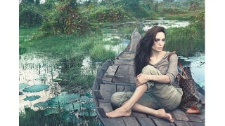 Illustration for article titled Angelina Allegedly Paid $10 Million To Pose Makeup-Free
