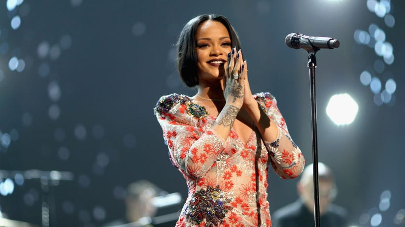 Illustration for article titled After Cancelling Her Grammys Performance, Rihanna Postpones ANTI Tour Dates