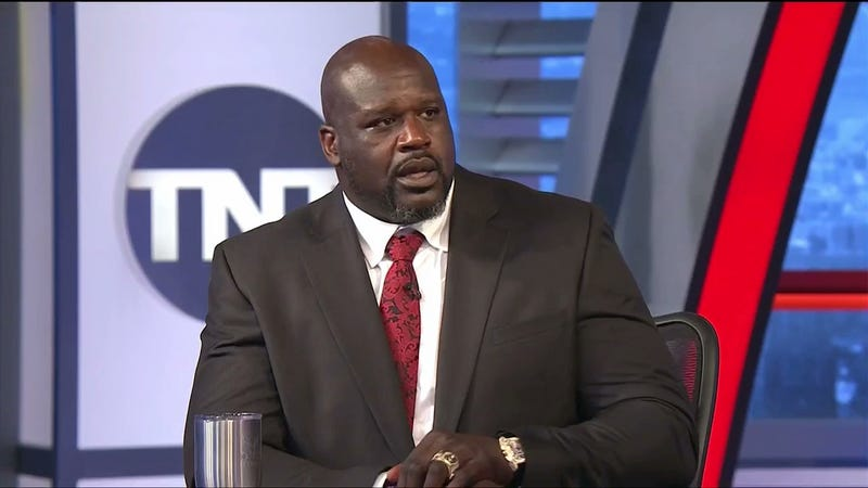 Illustration for article titled Shaq Appears To Have An Insane Method For Saving Money On Gasoline