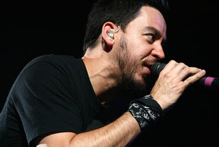 Illustration for article titled Linkin Park's Mike Shinoda Knows The Secret To Mixing Music And Gaming