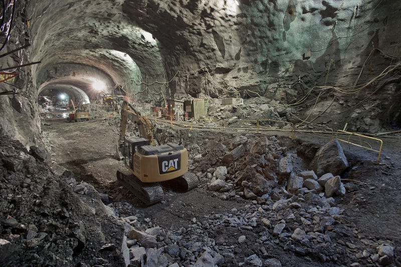 Illustration for article titled Así se construye una gigantesca estación de metro bajo Nueva York