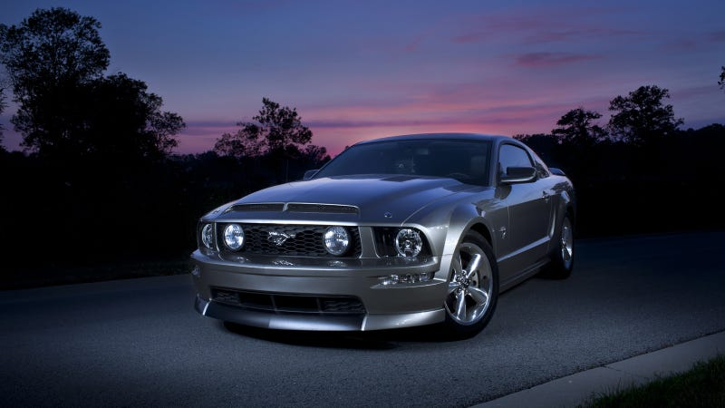 Illustration for article titled Your ridiculously cool Ford Mustang wallpaper is here