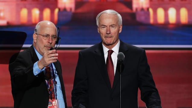 Arkansas Governor Says in Hindsight, He Slightly Regrets Siding With the Virus