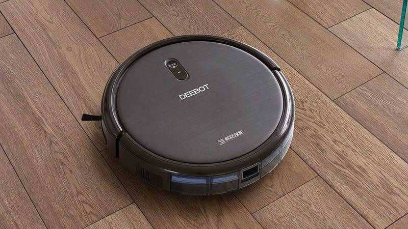 Aspiradora Ecovacs DEEBOT N79S | $200 | Amazon | Usa cupón de $50 y añade este kit de accesorios de $25 de manera gratuitaFoto: Amazon