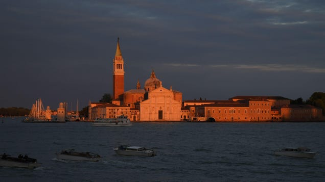 Archaeologists Find Ancient Roman Road in the Venetian Lagoon