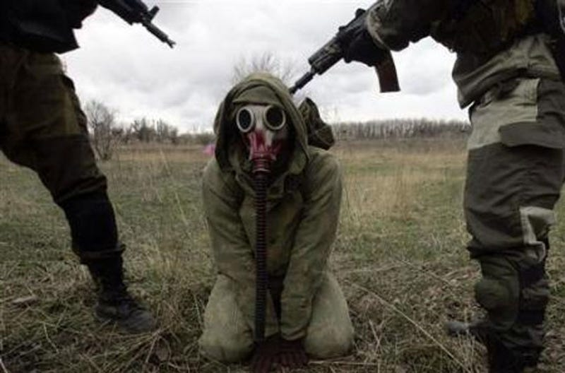Illustration for article titled S.T.A.L.K.E.R. Cosplayers Take Cosplay To Its Logical Conclusion
