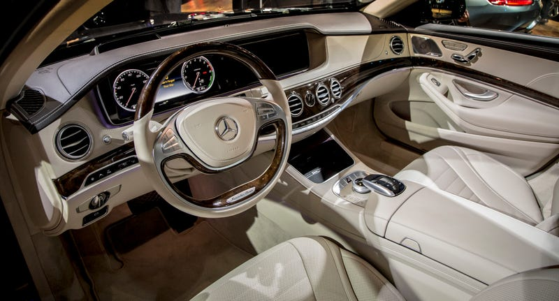 here 39 s why the mercedes maybach s600 isn 39 t as impressive as you think. Black Bedroom Furniture Sets. Home Design Ideas