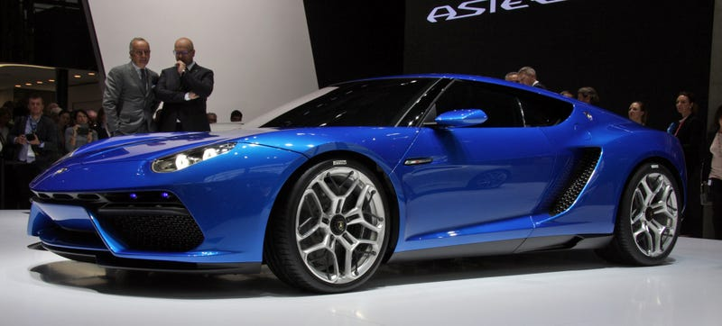 Illustration for article titled The 910 HP Lamborghini Asterion Is The Most Desirable Compromise Ever