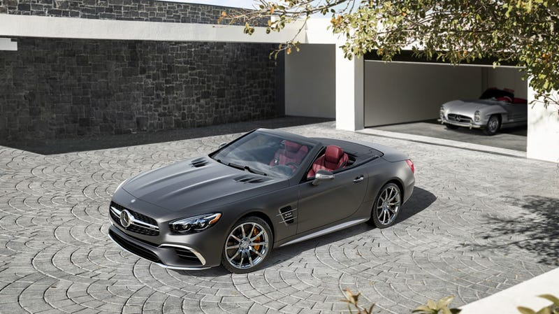 Illustration for article titled This May Be Your Last Chance To Buy A V12 Mercedes SL Roadster