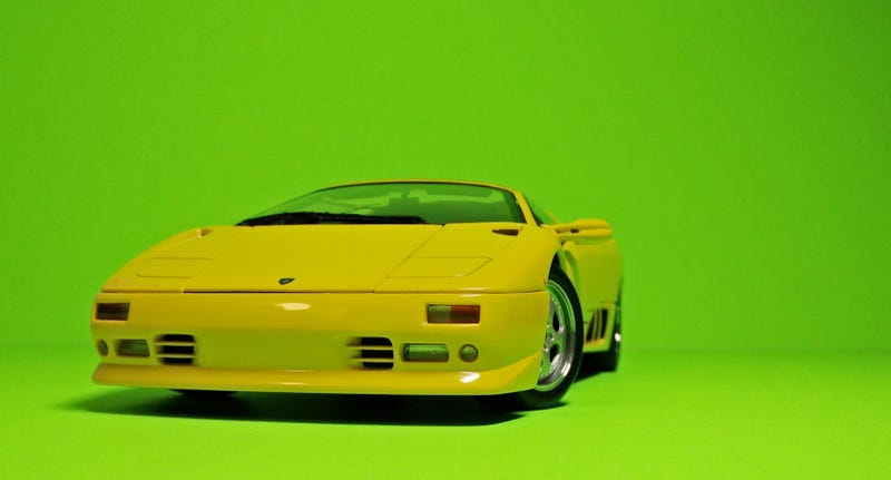 Illustration for article titled Running of the Bulls, Day 1: El Diablo Droptop