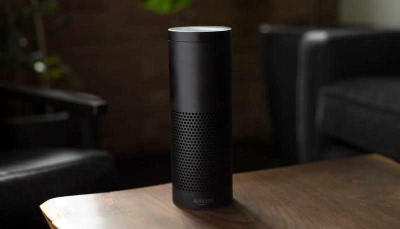 Illustration for article titled Alexa, el asistente de voz de Amazon, escuchó la conversación de una pareja y se la envió a un empleado del esposo