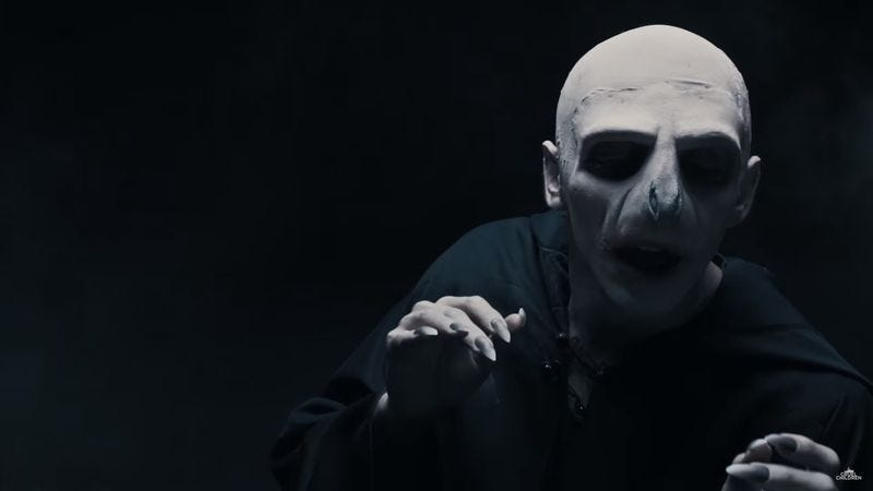 Illustration for article titled Voldemort does possibly the least soothing ASMR video of all time
