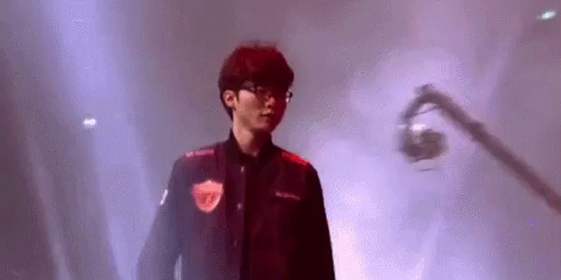 SKT Recovers From Terrible Game To Win League Of Legends World Championship