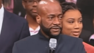 Bishop Eddie Long at New Birth Missionary Baptist Church on Oct. 9, 2016YouTube screenshot