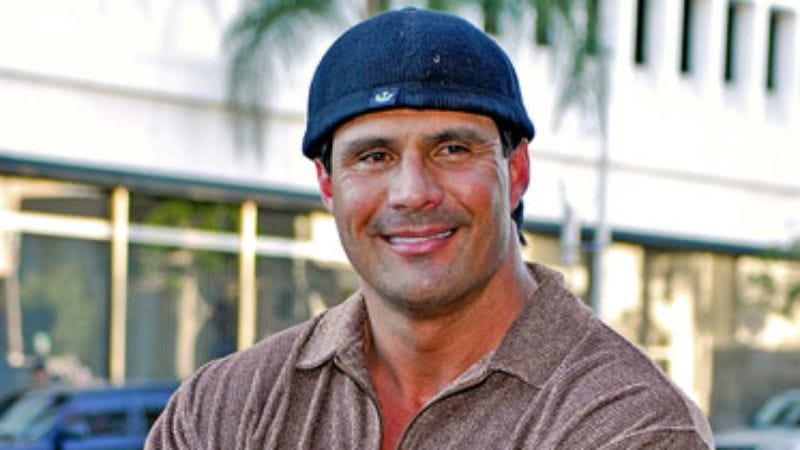Illustration for article titled Jose Canseco Composes Opera About Steroids