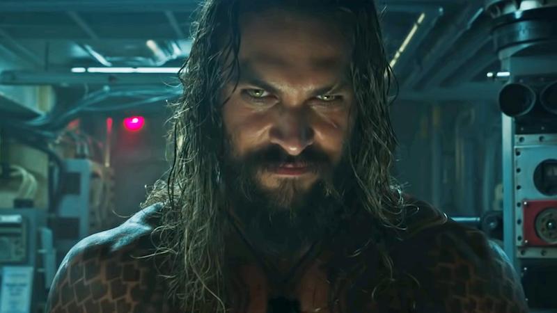 Jason Mamoa tiene una razón para estar sonriendo. Su película, Aquaman, ha ingresado más que la última de DC, Justice League.
