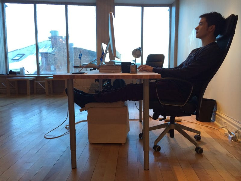 Why I Killed My Standing Desk and What I Do Instead – Office Chair Foot Rest