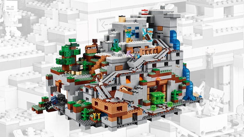 Illustration for article titled The $250 Mountain Cave Is The Biggest Lego Minecraft Set Yet