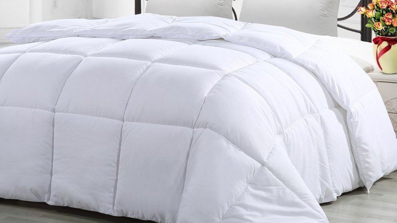 Queen Comforter Duvet Insert White | $24 | Amazon