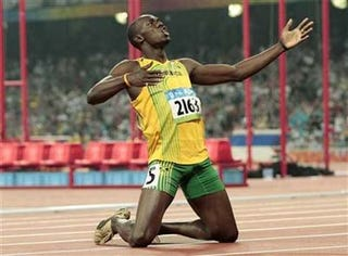 Illustration for article titled Usain Bolt Is The Fastest Man Alive. Your Move, Lindsay Lohan