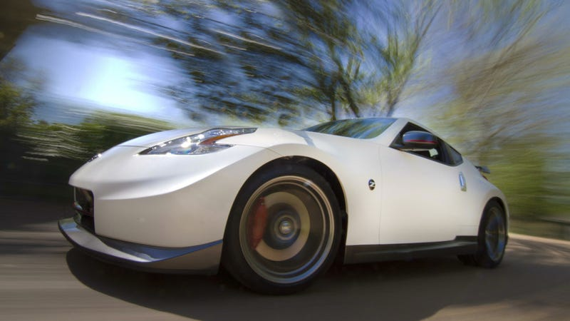 Illustration for article titled The Nissan 370Z Now Costs Less Than $30,000