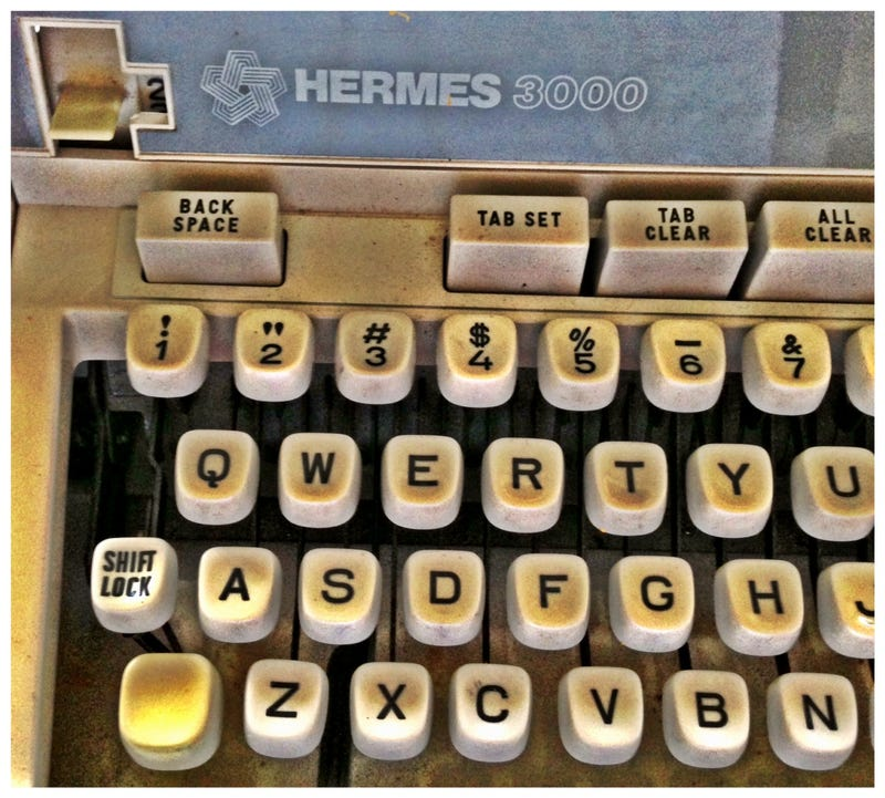 Illustration for article titled Typewriter Love