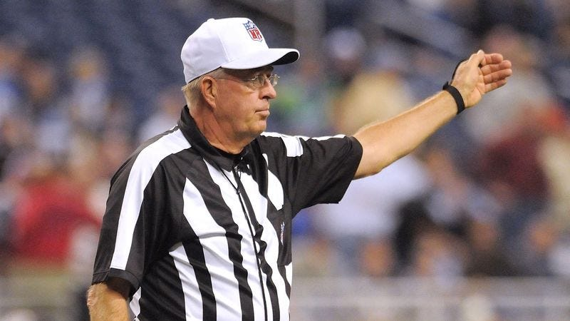 Illustration for article titled NFL Referee Can't Believe How Old He Looks In Video Replay