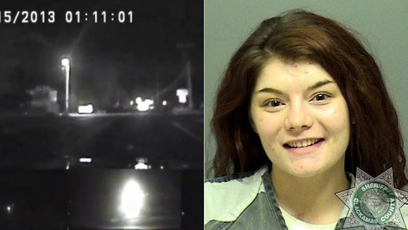 Illustration for article titled Dash Cam Captures Woman High On Meth In Police Car Running From Cops
